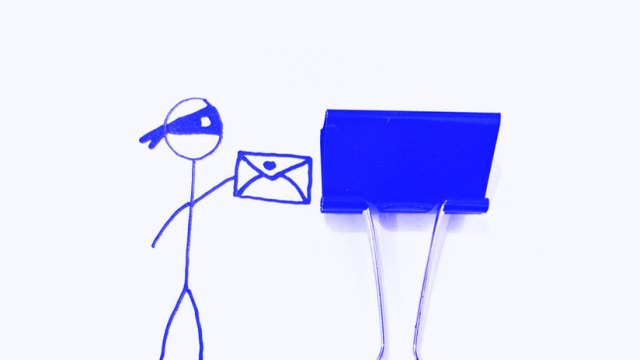 Почему нельзя открывать письма от неизвестных отправителей: email спам?